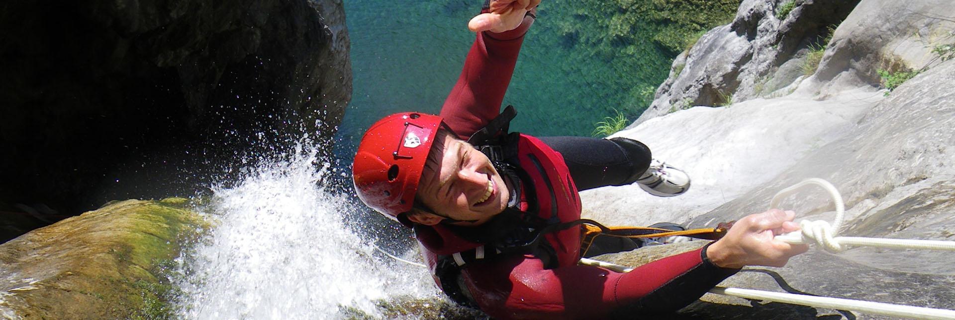canyoning-trentino-sport-divertimento-dolomiti-lago-di-ledro-lago-di-garda-8